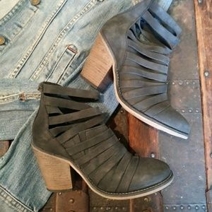 Free People Ankle Booties Size 36
